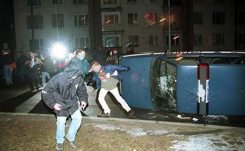 Schwere Krawalle in Słupsk 1998