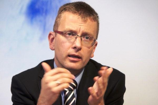 Dr. habil. Piotr M. Majewski