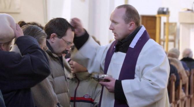 Kirchgänger, Priester, Sakramente. Die polnische Kirchenstatistik 2018