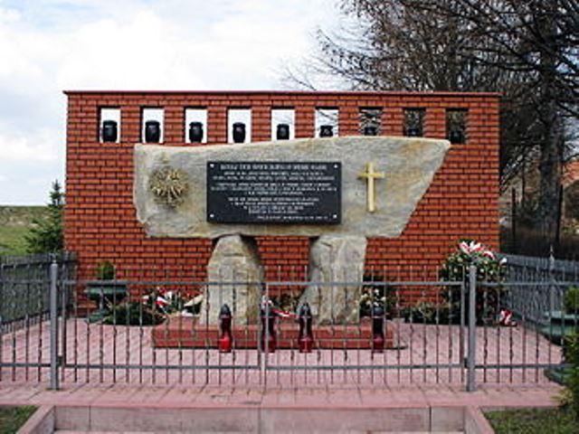 Das Denkmal in Markowa.