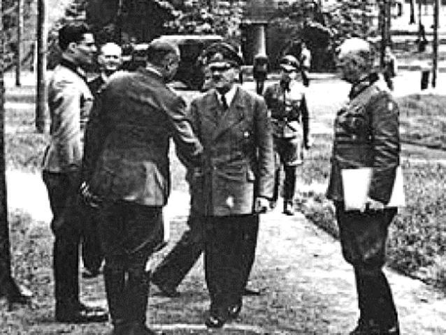 Stauffenberg Hitler foto