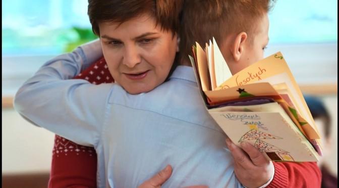 Frau Szydłos neues Kindergeld