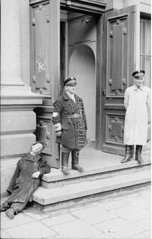Ulmowie 2 policja zydowska