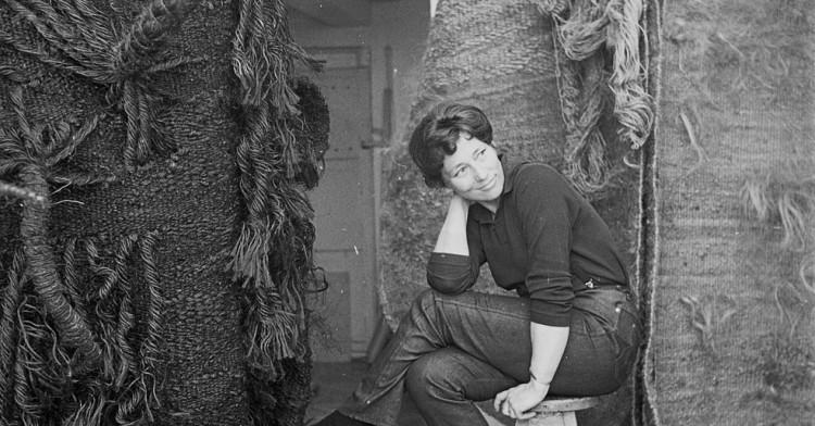 Endlich ein eigenes Atelier.Magdalena Abakanowicz Anfang der 60er Jahre.